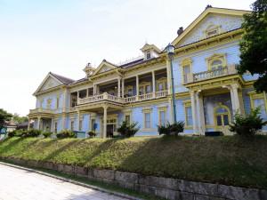"""Hakodateku-Kokaido. Die alte """"Public Hall"""" aus dem Jahre 1910. Hier wurden zudem Gäste der kaiserlichen Familie bei ihren Besuchen auf Hokkaido untergebracht."""